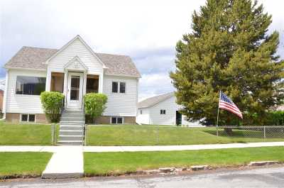 Single Family Home UNDER CONTRACT-TAKE BKUPS: 1907 Whitman
