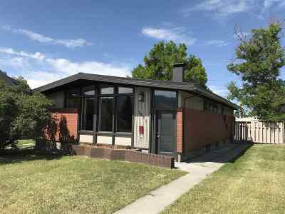 Single Family Home ACTIVE: 1031 S Colorado St