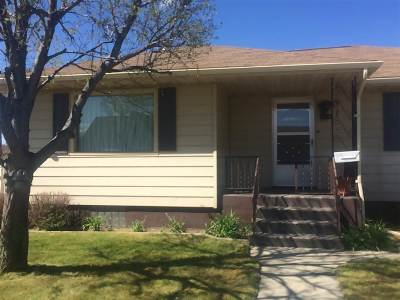 Single Family Home Uc See Agents Remarks: 3017 Harvard