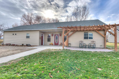 Ravalli County Single Family Home For Sale: 694 Applewood Ln