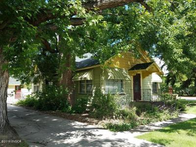 Hamilton Single Family Home For Sale: 172 Golf Course Rd