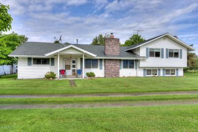Ravalli County Single Family Home For Sale: 913 Old Corvallis Rd