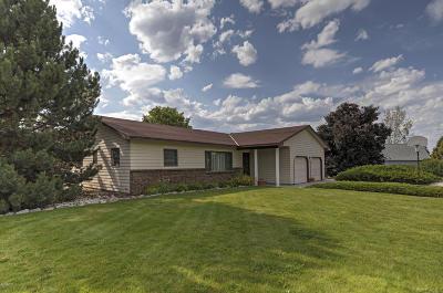 Hamilton Single Family Home For Sale: 333 Noland Dr