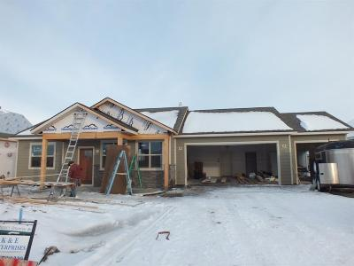 Manhattan Single Family Home For Sale: 324 Northwest Passage Lane