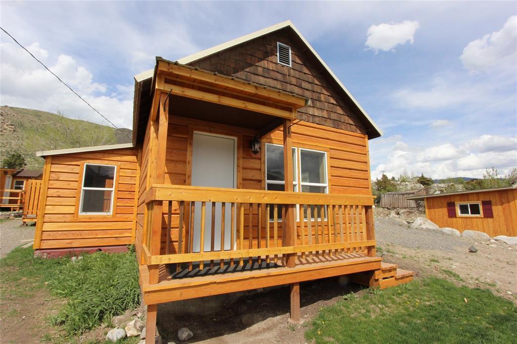 316 5th Street West, Gardiner, MT | MLS# 321368 | Mountainlands