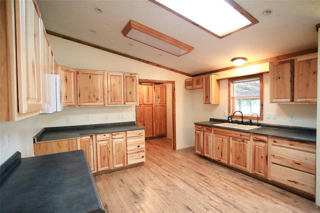4 bed / 2 baths Mobile/Manufactured in Belgrade for $395,000