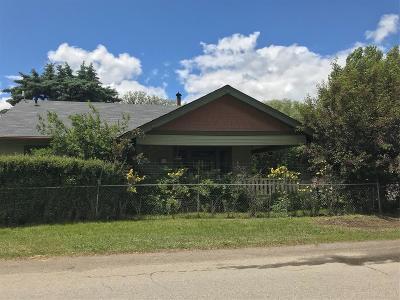 Ennis Single Family Home For Sale: 227 E Steffens Street