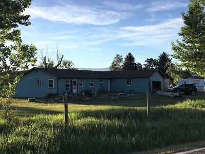 Livingston Single Family Home For Sale: 2163 E River Road