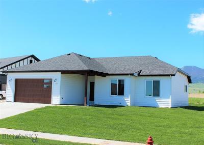 Livingston Single Family Home For Sale: 1009 Meriwether Drive