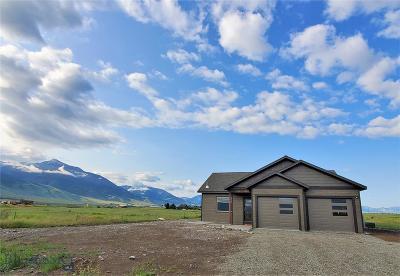 Livingston Single Family Home For Sale: 9 Caledonia Road