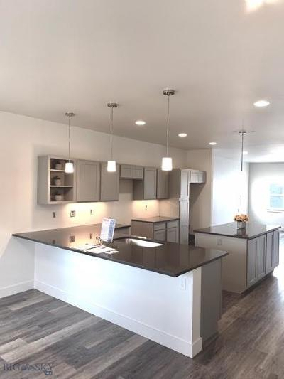 Manhattan Single Family Home For Sale: 113 Valley Street