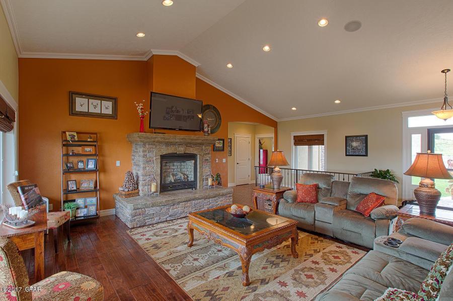 Listing: 12 Bend View Ln, Great Falls, MT.| MLS# 17-2398 | Great ...