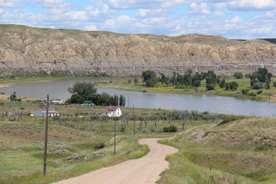 Big Sandy, Carter, Floweree, Fort Benton, Geraldine, Highwood, Loma, Jordan, Winnett, Sidney, Fort Peck Farm For Sale: Carter Ferry Road