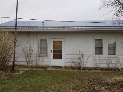 Conrad Single Family Home For Sale: 303 Montana St S