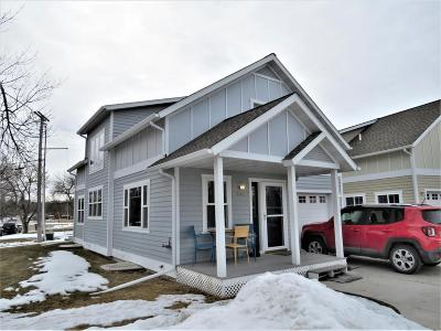 Condo/Townhouse For Sale: 2333 Northern Lights Dr.