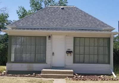 Conrad Single Family Home For Sale: 204 Wisconsin St S
