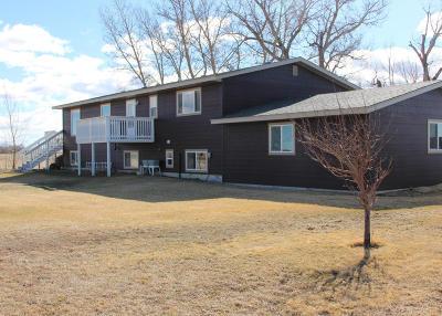 Fairfield Single Family Home For Sale: 331 6th Ln NE