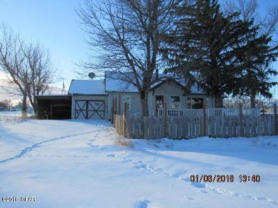 Brady Single Family Home For Sale: 108 3rd Ave NE