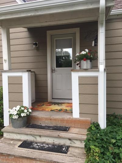 Choteau Single Family Home For Sale: 102 2nd Ave SW