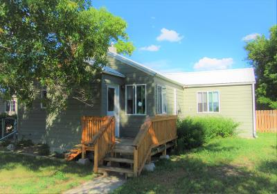 Conrad Single Family Home For Sale: 615 S Iowa St