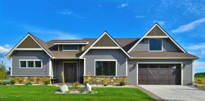 Kalispell Single Family Home For Sale: 115 Antler Peak Lane