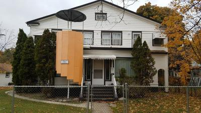 Missoula Single Family Home Under Contract Taking Back-Up : 228 Eddy Avenue