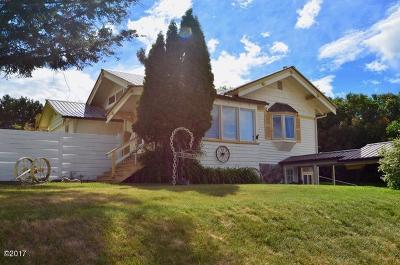 Lincoln County Single Family Home For Sale: 306 2nd Avenue East