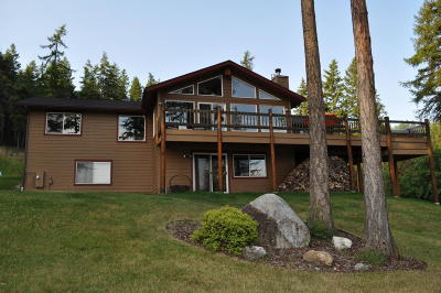 Lakeside Single Family Home For Sale: 300 Tamarack Woods Drive