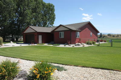 Stevensville Single Family Home Under Contract Taking Back-Up : 4386 Ayla Court