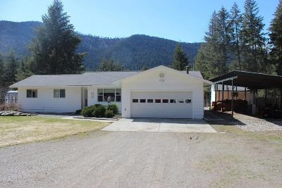 Lincoln County Single Family Home For Sale: 170 Yellowtail Road