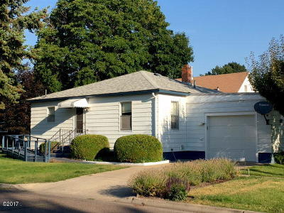 Kalispell MT Single Family Home Under Contract Taking Back-Up : $199,900