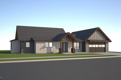 Missoula Single Family Home Under Contract with Bump Claus: 2944 Prada Drive