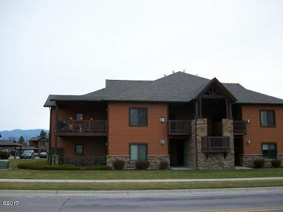 Whitefish MT Single Family Home Under Contract Taking Back-Up : $233,000