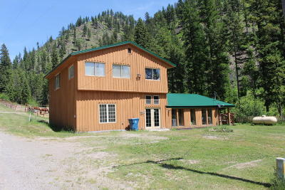 Superior Single Family Home For Sale: 326 Flat Creek Road