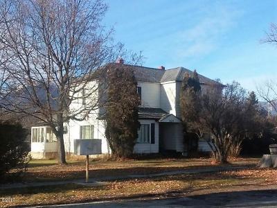 Stevensville Multi Family Home For Sale: 207 Buck Street