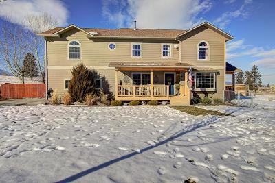 Stevensville Single Family Home Under Contract Taking Back-Up : 674 Rising Sun Lane