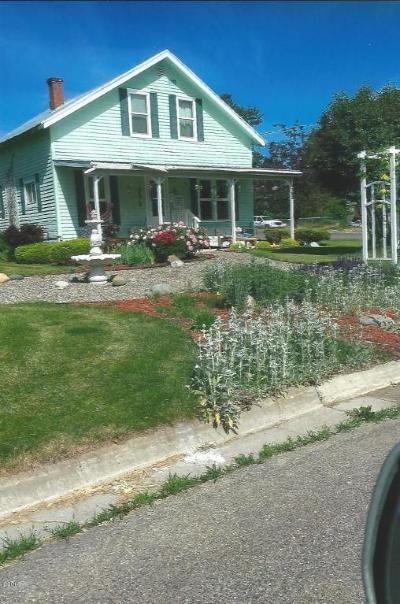 Lincoln County Single Family Home For Sale: 1320 Montana Avenue