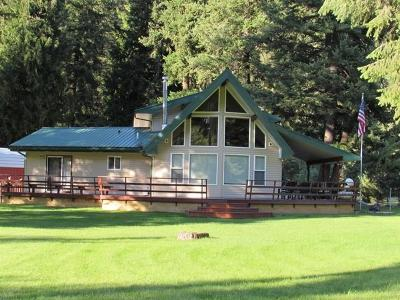 Lincoln County Single Family Home For Sale: 6367 Kootenai River Road