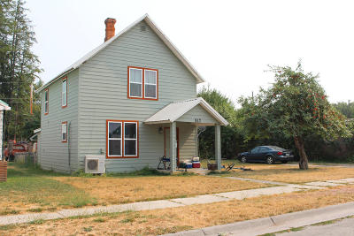 Lincoln County Single Family Home For Sale: 517 Montana Avenue