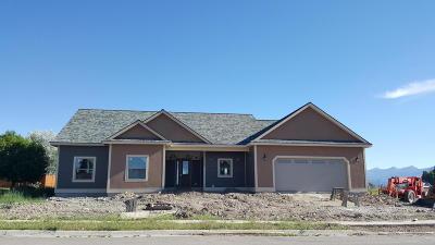 Stevensville Single Family Home For Sale: 1325 Creekside Drive