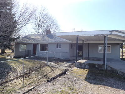 Lake County Single Family Home Under Contract Taking Back-Up : 1403 1st Street East