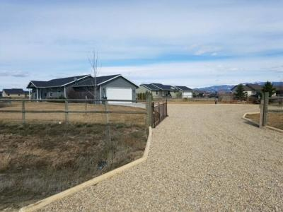 Stevensville Single Family Home Under Contract Taking Back-Up : 4782 Joster Way