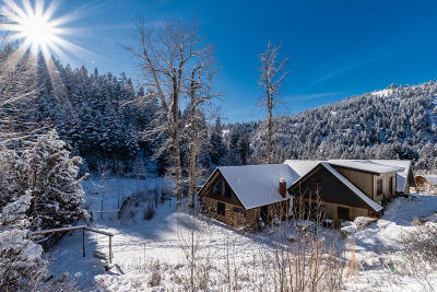 Ravalli County Single Family Home For Sale: 2126 Middle Burnt Fork Road
