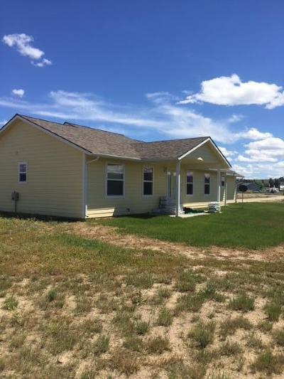 Stevensville Single Family Home Under Contract Taking Back-Up : 322 Hadli Court