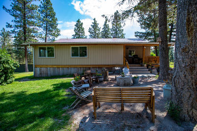 Lincoln County Single Family Home For Sale: 6442 West Kootenai Road