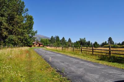 Hamilton Single Family Home For Sale: 214 Wyant Lane