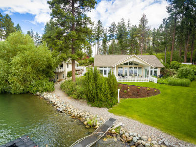 Flathead County Single Family Home For Sale: 330 Caroline Point Road