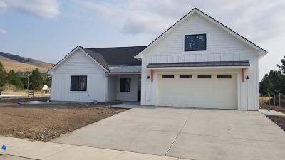 Single Family Home Pending: 2751 Carla Jo Lane