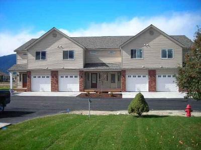 Hamilton Single Family Home For Sale: 17b Horseshoe Loop