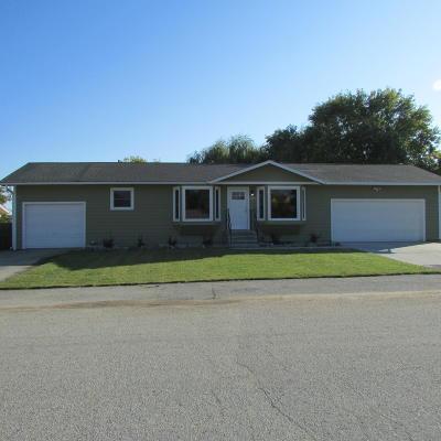 Hamilton Single Family Home For Sale: 133 High Road